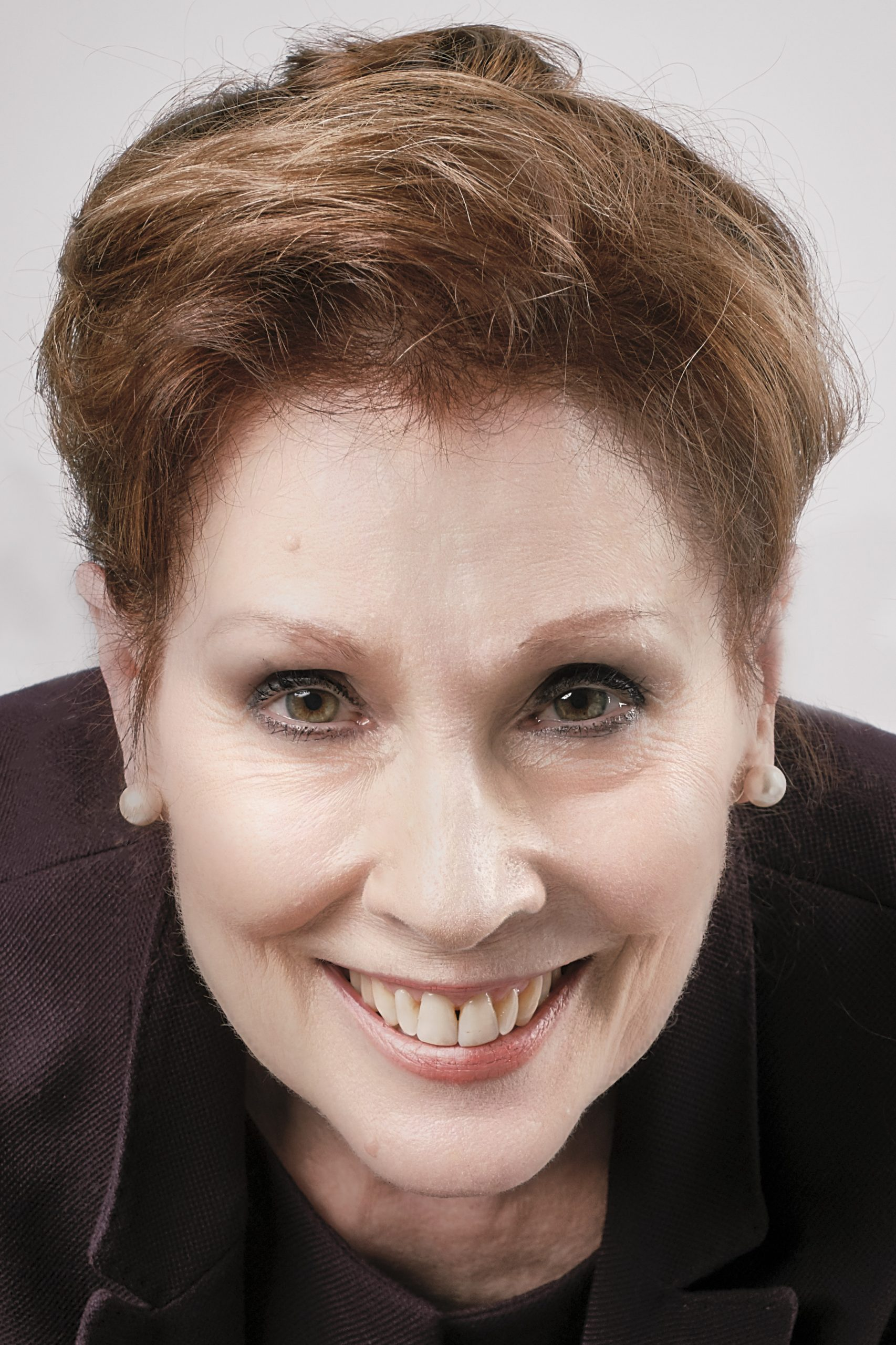 Prof. Marilyn Schmiege : Präsidentin